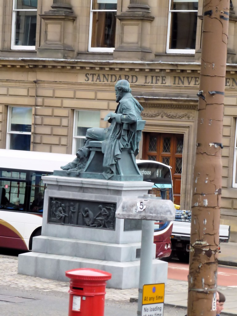 James Clerk Maxwell statue